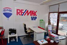 Remax foto